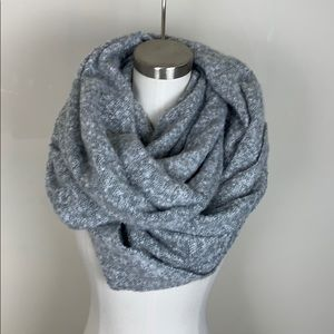 Accessories - NWOT Large Grey Blanket Infinity Scarf